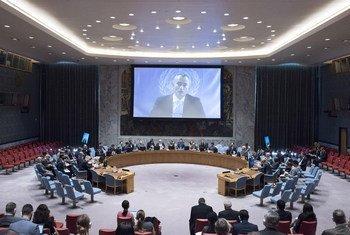 Nickolay Mladenov, coordinador especial de la ONU para el Proceso de Paz en Medio Oriente, informa al Consejo de Seguridad por videoconferencia. Foto: ONU/Kim Haughton