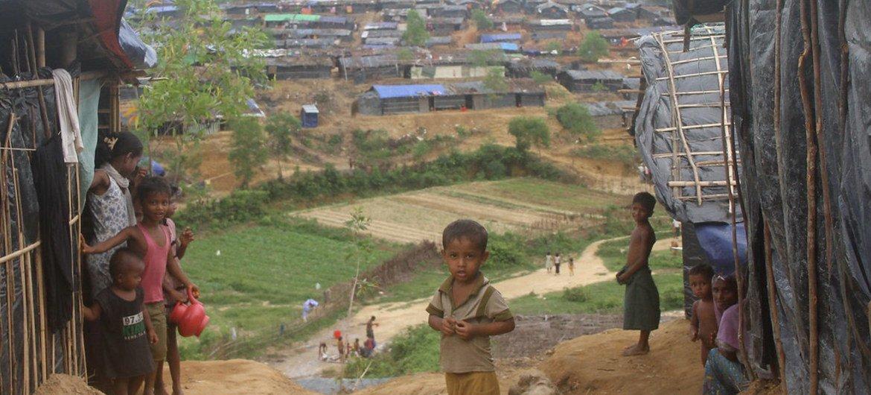 Children in Tasnimarkhola Spontaneous Settlement Site, Cox's Bazar, Bangladesh.