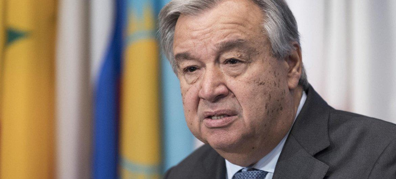 Le Secrétaire général António Guterres s'exprime devant la presse. Photo ONU/Mark Garten