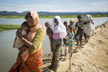 Des familles rohingyas arrivent an Bangladesh. Photo HCR/Roger Arnold