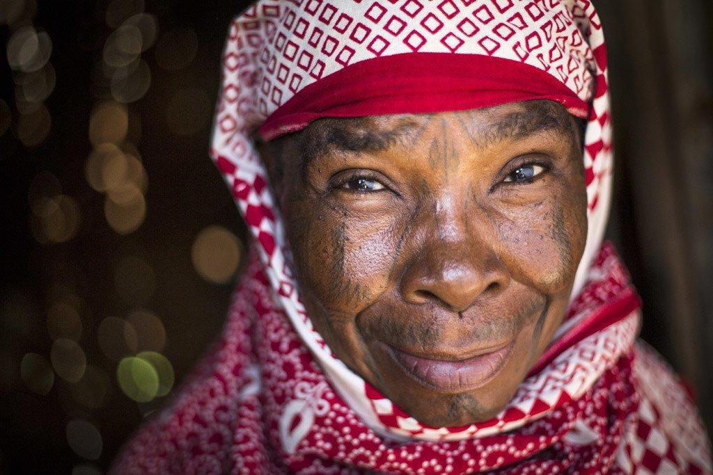 La apatridia exacerba la exclusión y afecta profundamente todos los aspectos de la vida. Julieta Simenya, de la etnia Makonde, fue apátrida muchos años. Hoy es ciudadana de Kenya. Foto: ACNUR/Roger Arnold