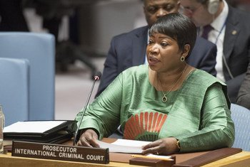 Fatou Bensouda, fiscal de la Corte Internacional de Justicia, informa al Consejo de Seguridad sobre la situación en Libia.