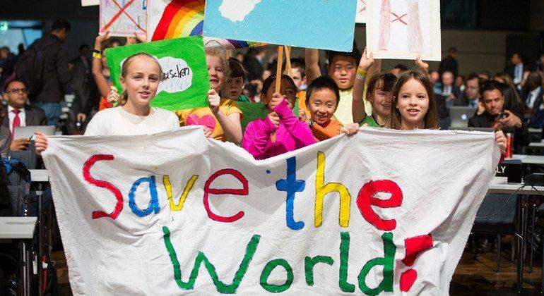 Niños en la conferencia del Clima de Bonn, Alemania. Foto: UNFCC