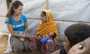UNHCR Goodwill Ambassador Kristin Davis visits Rohingya refugee children and their families to mark United Nations Universal Children's Day.