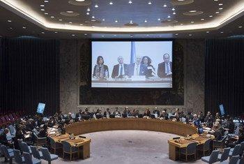 L'Envoyé spécial de l'ONU pour la Syrie, Staffan de Mistura, devant le Conseil de sécurité par visioconférence. Photo ONU/Kim Haughton