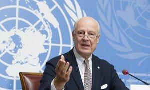Staffan de Mistura, UN Special Envoy for Syria briefs the press during the intra-Syrian talks, Geneva. Photo by Violaine Martin