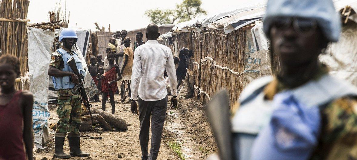UN integrated patrol unit maintains security in the UN Mission in South Sudan (UNMISS), Bentiu Protection of Civilian Cite (POC) site.