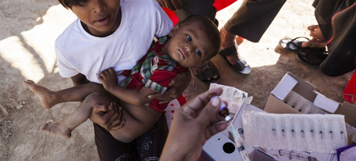 UNICEF is on the ground in Bangladesh, immunizing Rohingya refugee children to fight the spread of disease, and delivering life-saving nutrition to the tens of thousands of children who are malnourished.