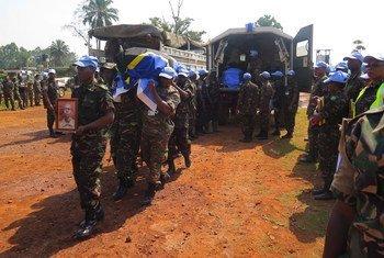 Церемония, посвященная памяти миротворцев, погибших в результате нападения в конголезской провинции Северный Киву.
