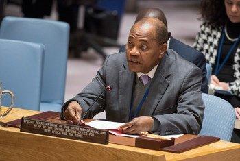 Mohamed Ibn Chambas, Représentant spécial du Secrétaire général pour l'Afrique de l'Ouest et le Sahel, devant le Conseil de sécurité. Photo ONU/Eskinder Debebe