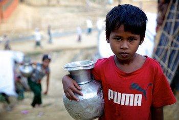 520 тысяч детей из числа мусульман-рохинджа проживают в чудовищных условиях в переполненных лагерях беженцев