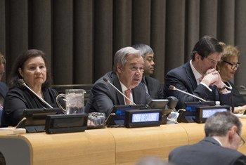 秘书长古特雷斯向联大阐述2018年12大关切问题。联合国图片/Eskinder Debebe