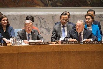 古特雷斯秘书长和哈萨克斯坦总统纳扎尔巴耶夫出席安理会有关不扩散和建立信心措施高级别会议。联合国图片/Eskinder Debebe