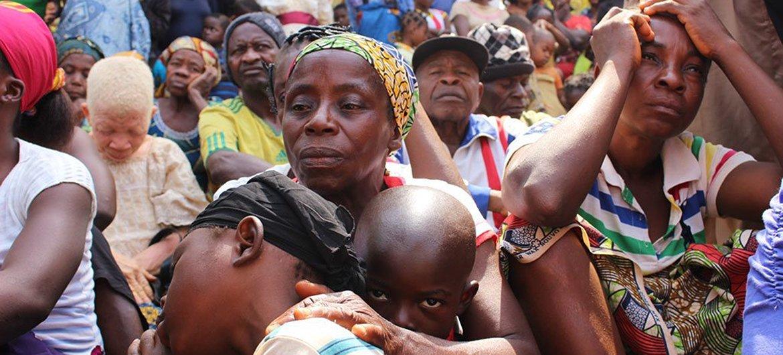 Des familles camerounaises ont trouvé refuge à Utanga, Obanliku, au Nigéria, après avoir fui l'insécurité dans les régions anglophones du Cameroun. Photo HCR/Elizabeth Mpimbaza