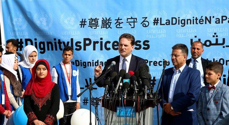 Pierre Krahenbühl, le Commissaire général de l'UNRWA, lors du lancement d'une campagne de collecte de fonds.