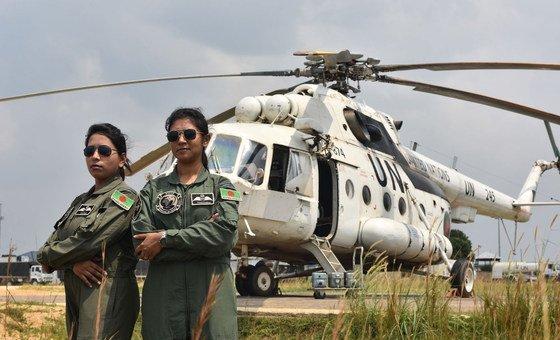 2017年,孟加拉国向联合国驻刚果民主共和国特派团派遣了两名女战斗机飞行员——纳伊玛·哈克中尉和塔马纳-埃-鲁提菲中尉。