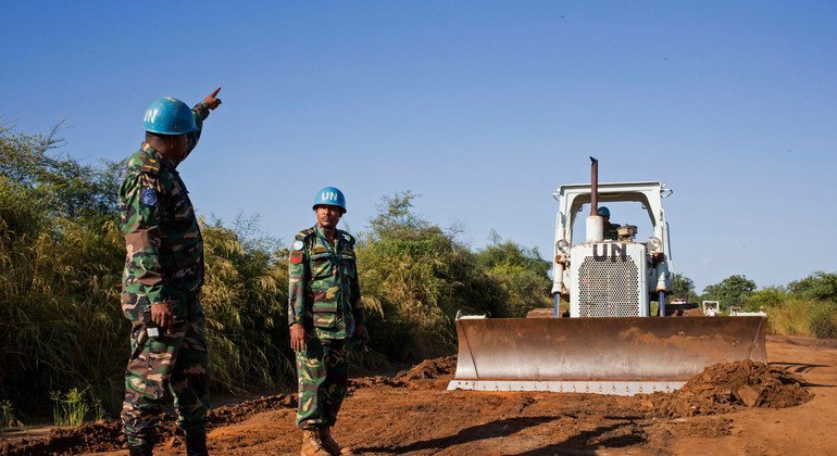 Bangladeshi engineers serving with the UN mission in South Sudan are leading efforts to improve a 78-kilometre stretch of road between Gumbo and Mangalla, on the artery between Juba and Bor.