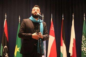 التينور اللبناني غبريال عبد النور اثناء مشاركته في احتفال (الإسكوا) باليوم العالمي للعدالة الاجتماعية - بيروت