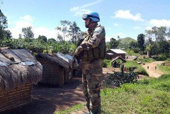 Un Casque bleu uruguayen dans la province de l'Ituri, en République démocratique du Congo