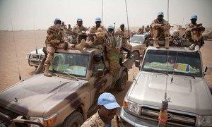 Des Casques bleus tchadiens près de Tessalit, au nord du Mali.