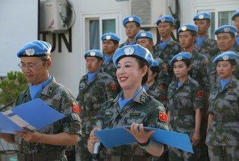 毛屏参加八一节庆祝活动。