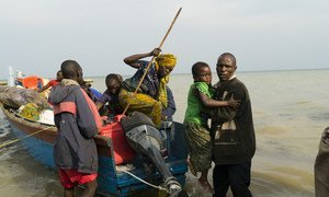 Newly displaced Congolese refugees at the UNHCR emergency centre in Sebagoro Uganda.
