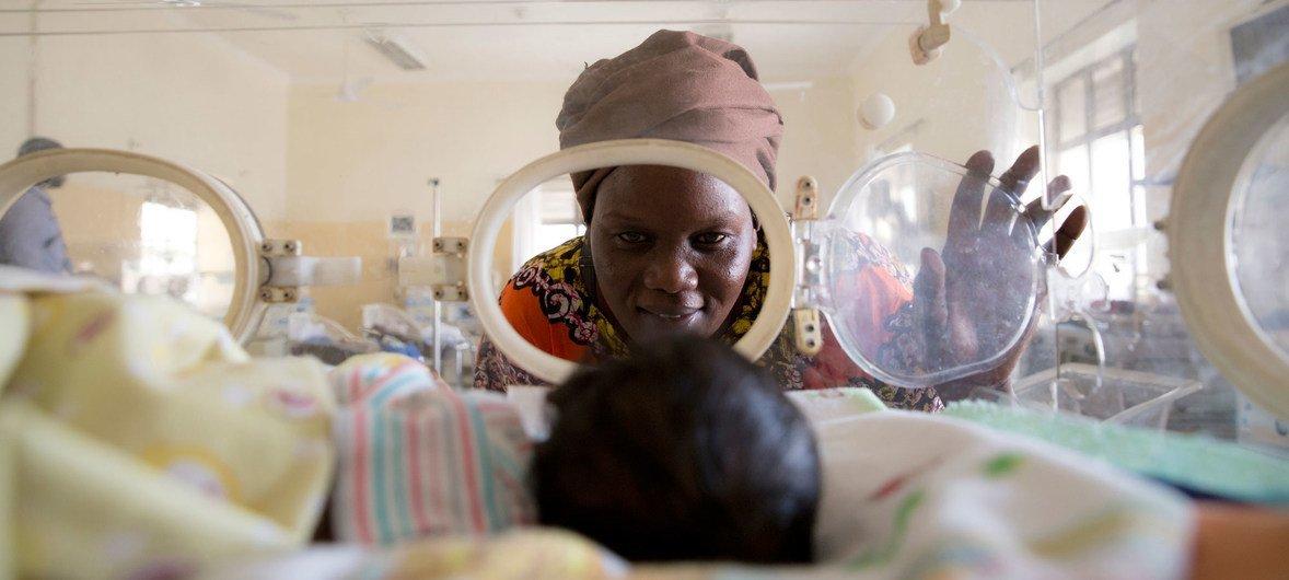 Situação de saúde da população sul-sudanesa é agravada por prolongadas crises, aliadas a frequentes surtos e a uma grande ocorrência de doenças transmissíveis e não crónicas