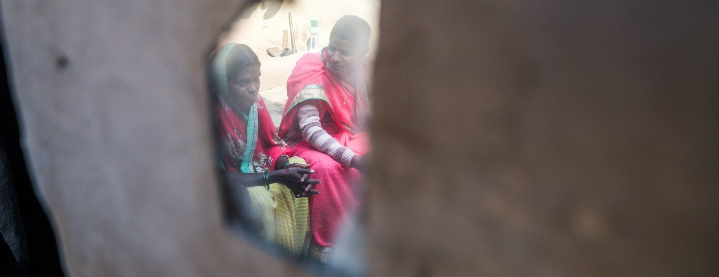 The Jago foundation, in partnership with UNICEF, go door to door in the village of Berhabad, India, discussing the evils of child marriage and its legal implications.