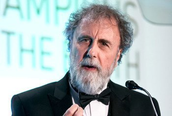 Sir Robert Watson, Chair of the Intergovernmental Science-Policy Platform on Biodiversity and Ecosystem Services (IPBES), upon receiving the UNEP Champion of the Earth award for Science and Innovation, November 2014.