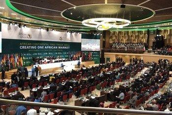 le 22 mars 20198, les dirigeants africains signent la déclaration de Kigali pour le lancement de la zone de libre-échange continentale africaine (ZLECAf) lors du sommet extraordinaire de l'Union africaine dans la capitale du Rwanda.
