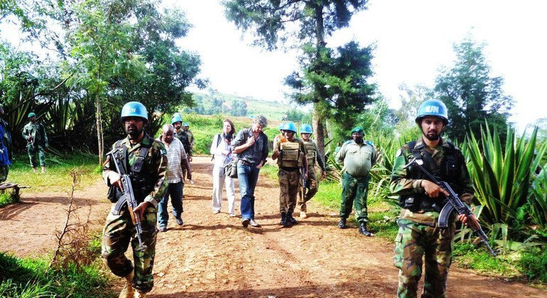 Pakistani troops are seen here providing escort to NGO and media personnel in South Kivu in January 2015.