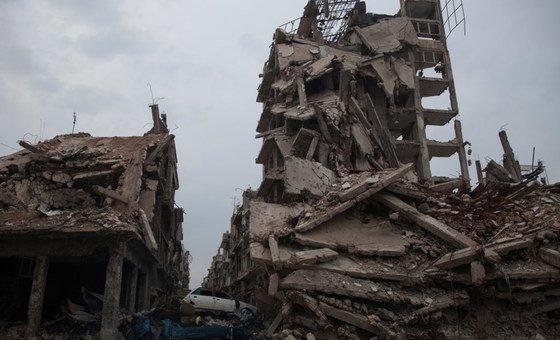 Ravages causés par les combats à Homs, en Syrie.