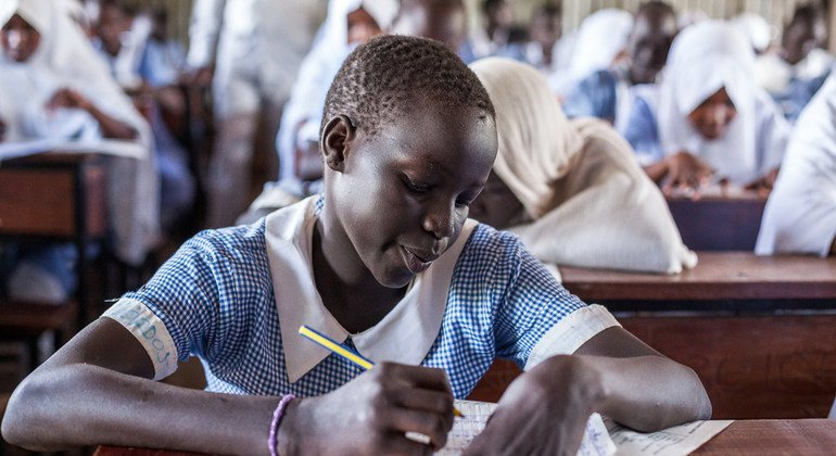 'It's her turn,' says UN agency, issuing global call to close critical gap in refugee girls' education