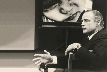Marlon Brando speaks at UNICEF's New York Headquarters about the desperate needs of many of the world's children. (file)