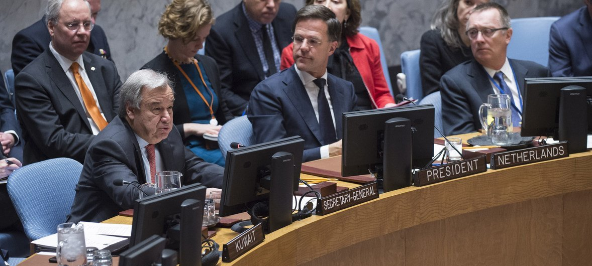Mark Rutte (centre), Prime Minister of the Netherlands, and President of the Security Council for the month of March, chairs the Council's meeting on UN peacekeeping operations. Secretary-General António Guterres (left), and Jeffrey Feltman (right), Under-Secretary-General for Political Affairs, attended the meeting.