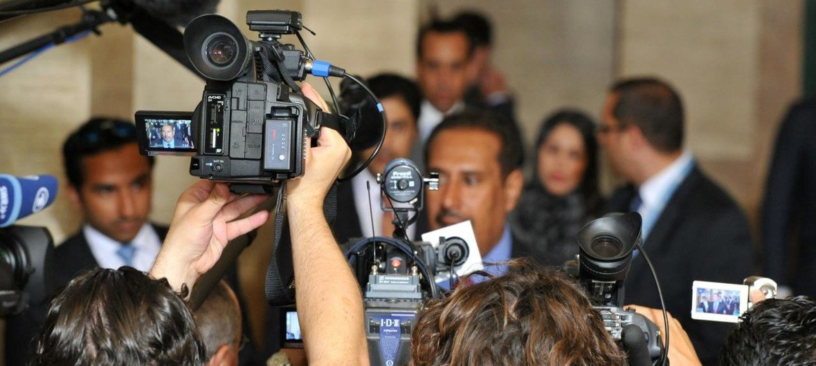 attacks on women journalists on the rise online and off unesco