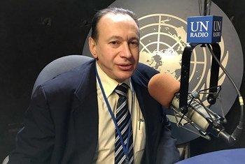 Patrick Lubin, activiste d'ATD quart monde et défenseur des droits des sans-abris, dans les studios d'ONU Info.