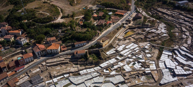 La producción de sal en Valle Salado de Añana, en las montañas del País Vasco español.