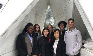 Participants à une discussion interactive à l'assemblée générale de l'ONU sur l'esclavage et ses conséquences