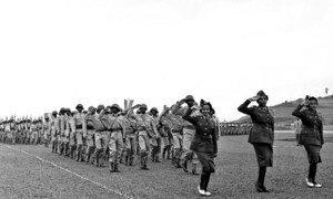 Mnamo mwaka 1951 Ethiopia ilishirikishwa katika ulinzi wa amani katika vita vya Korea. Na mwaka 1960 walinda amani wa Ethiopia walikuwa miongoni mwa vikosi vilivyoagizwa na Bazara la Usalama kushiriki  operesheni ya ulinzi wa amani katika Jamuhuri ya kide