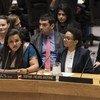 """秘书长青年特使贾亚拉特马•维克拉玛纳亚克(Jayathma Wickramanayake)4月23日在安理会有关""""青年与和平与安全""""问题的的公开辩论上发言。"""