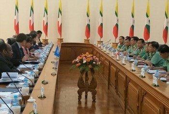 Una delegación del Consejo de Seguridad visita la capital de Myanmar.