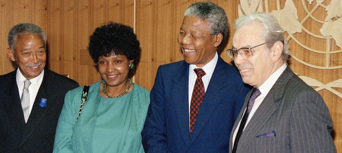 Winnie Mandela, da África do Sul.
