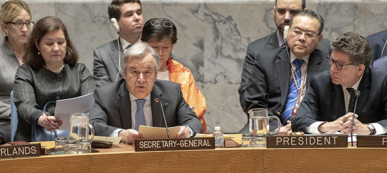 Le Secrétaire général de l'ONU, António Guterres, prend la parole devant le Conseil de sécurité lors d'une reunion sur les menaces contre la paix et la sécurité internationales en lien avec la situation au Moyen-Orient, en particulier en Syrie.