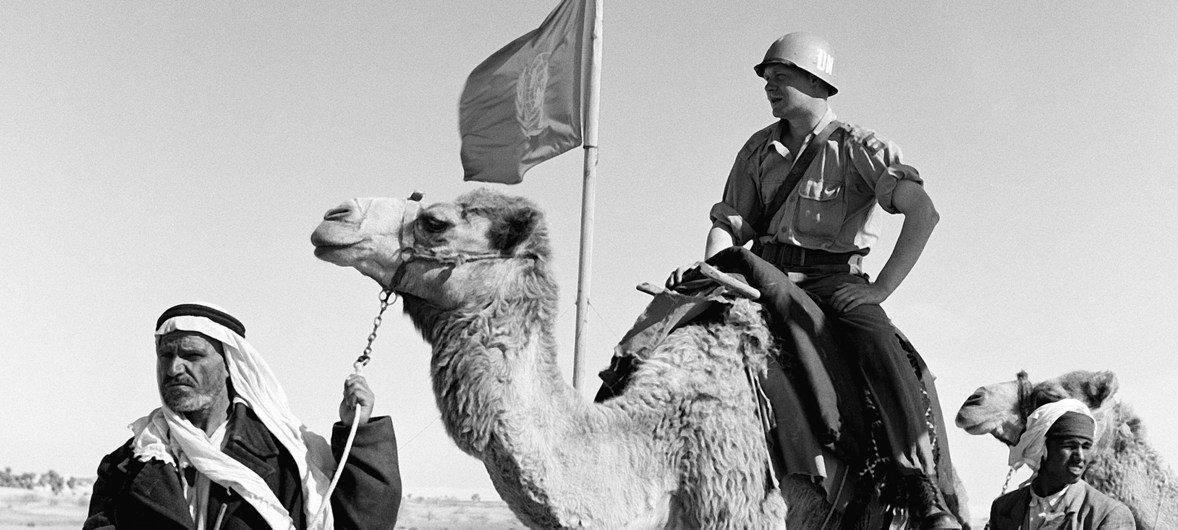 Soldados do contingente sueco da Unef na Peninsula do Sinai, Egito, 1957