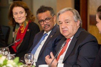 Le Secrétaire général de l'ONU, António Guterres, lors d'une table ronde sur la santé mentale à Londres.