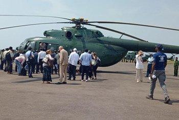 安理会代表团准备搭乘直升机从缅甸首都內比都前往实兑。