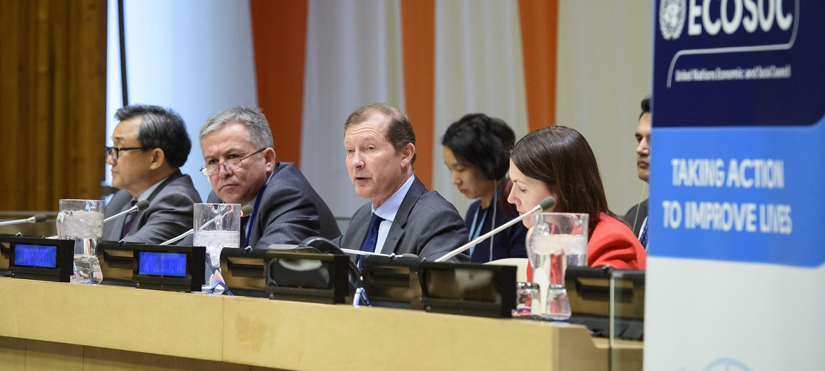 Marc Pecsteen de Buytswerve (2nd right), the Permanent Representative of Belgium to the UN and chair of the session, speaks at the plenary session during the ECOSOC Integration Segment. Also in the picture are Liu Zhenmin, Under-Secretary-General for Economic and Social Affairs (left), Kamoliddinzoda Ilyos Jamoliddin, Deputy Minister of Trade of Tajikistan (2nd left) and Emer Herity, Secretary of ECOSOC (right).