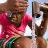 Un niño en la localidad de Mcuba, Suazilandia.