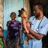Menina recebe tratamento em hospital na região de Kassai.